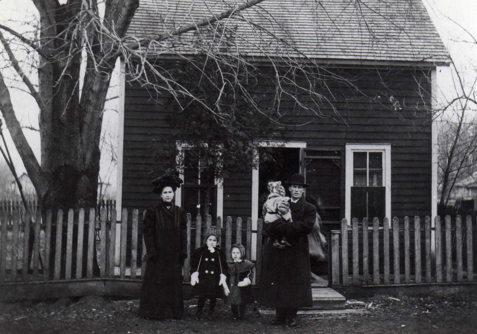 Indiana jasper county tefft - The Alonzo Hilliard Family And Home C 1900 Tefft Or Dunnville