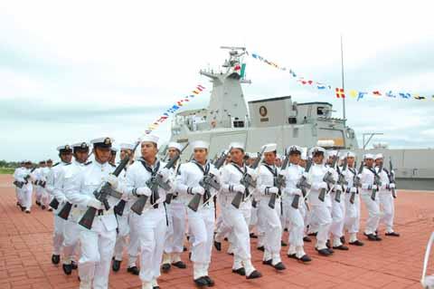 Gay en la armada