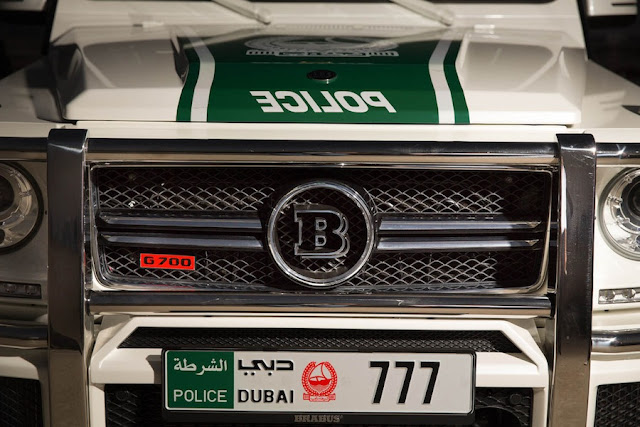 ドバイ警察のブラバスパトカー