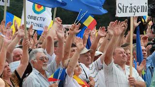 Protesta Masive Kundër Presidentit në Moldavi