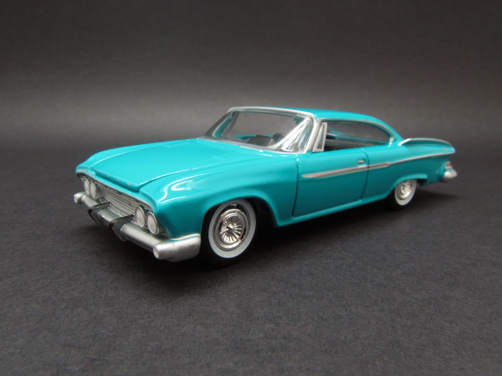 diecast hobbist 1961 dodge dart phoenix. Black Bedroom Furniture Sets. Home Design Ideas