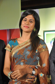 Shraddha Das At All Dignitaries To The nd Launch Stills  (37).jpg
