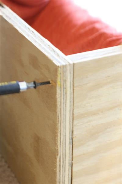 DIY Platform Bed: Almost There And Living In Style   * View Along The Way *