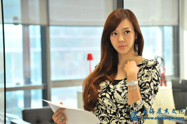 Hinh-anh-phim-Toan-dan-cong-chua-The-Princess-2013_04.jpg