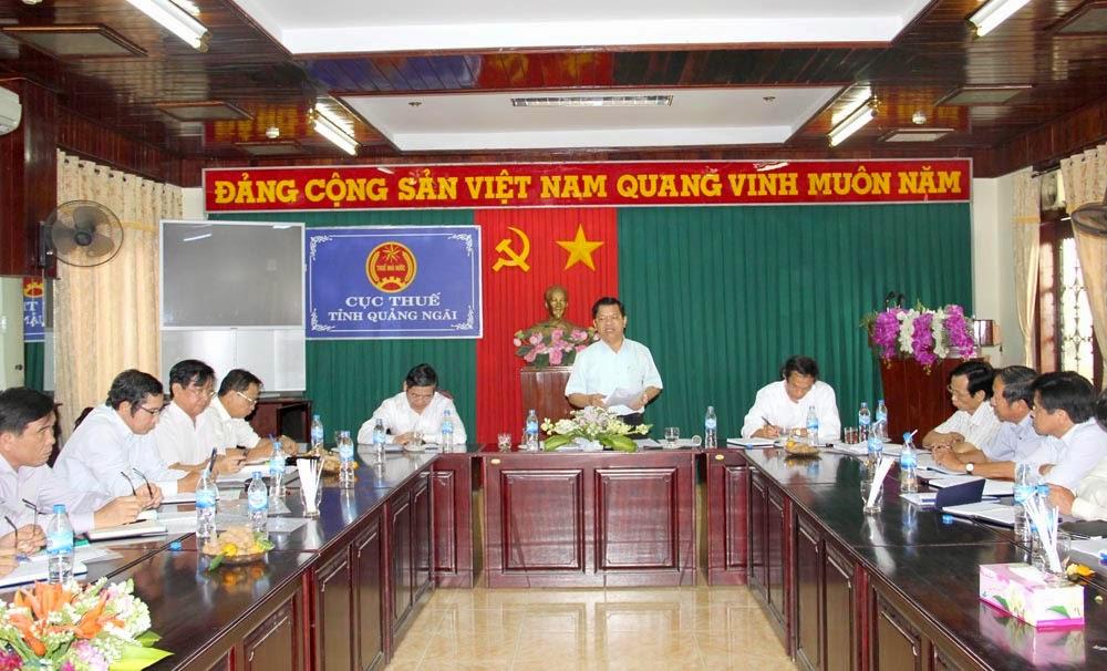 Chủ tịch UBND tỉnh Lê Viết Chữ
