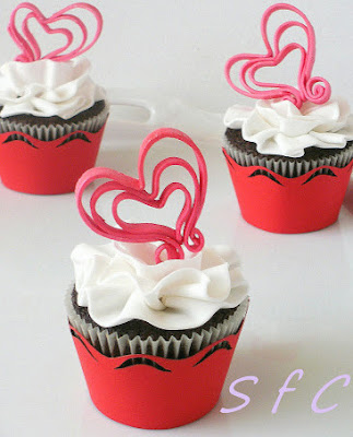Happy  Valentine's day!!! Cup cakes