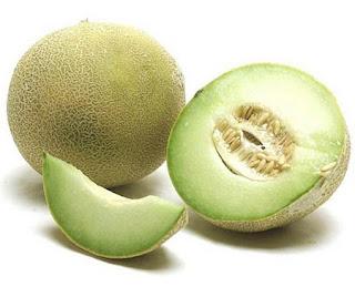 http://mustahabbah.blogspot.com/2015/12/manfaat-buah-melon-bagi-kesehatan.html