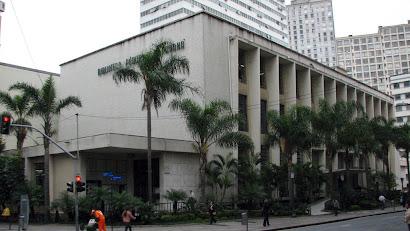 Fundada em 1857, a Biblioteca Pública do Paraná completa 155 anos de história. Foto: Hugo Dodl