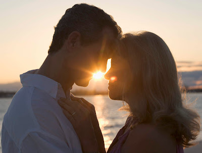 Romantic Couples With Sunset Wallpapers