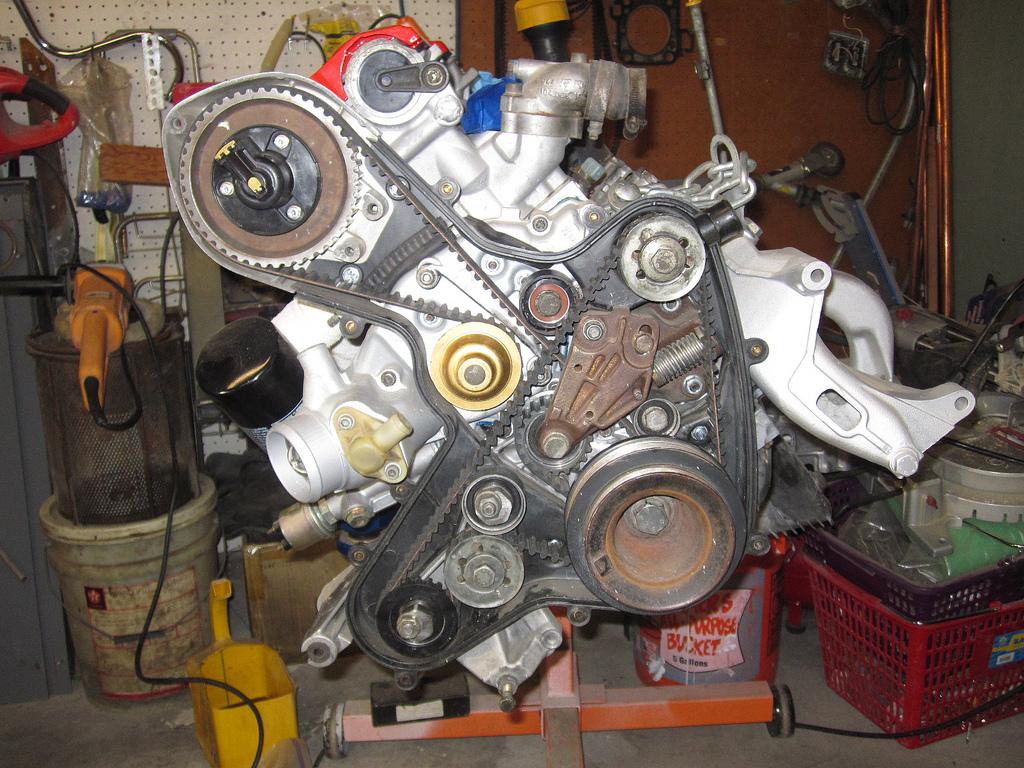 porsche 924s maintenance timing belt change in progress 1.8t timing belt porsche timing belt #11