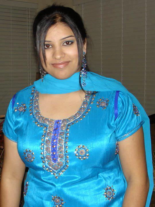 malayalam mallu aunty photos