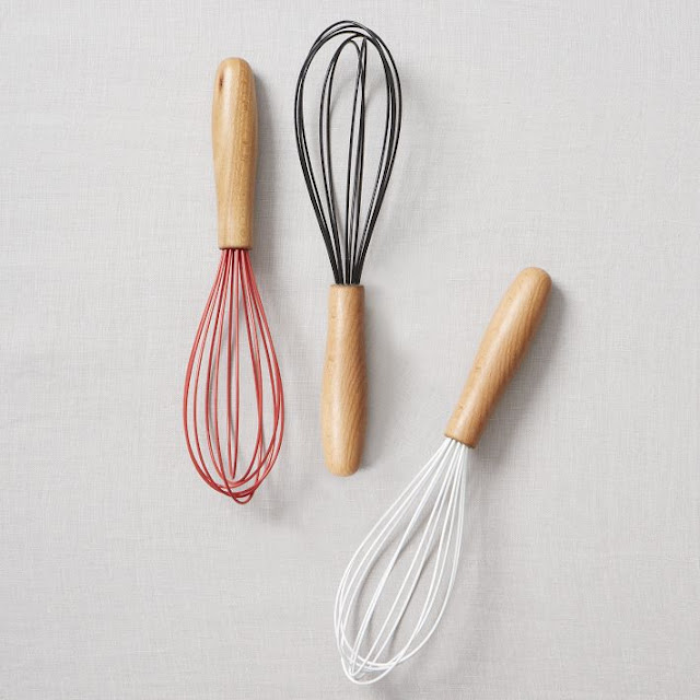 West Elm, market, tienda, shop, decoration, U.S, Wood ,Handled ,Whisks