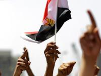 Sebarkan Ide IM, Pasukan Keamanan Mesir Tangkap Admin 47 Halaman Facebook