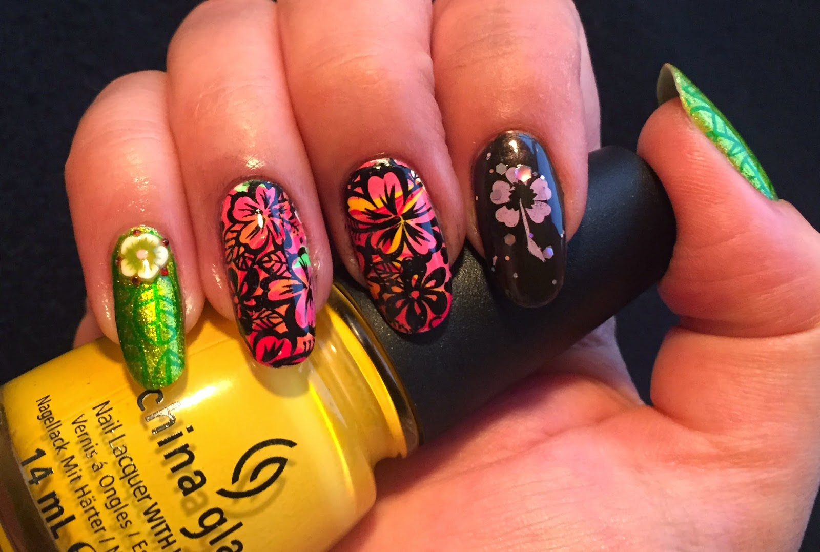 Squarebulb nail designs hpb presents may hibiscus flowers sugar high and heli yum nine ultra pro lime light kleancolor fuschia glitter and metallic green designs stamped with konad special polish izmirmasajfo