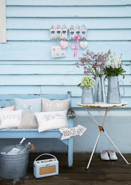 Azzurro dentro e fuori per la casa al mare blog di for Oggetti per arredare casa al mare