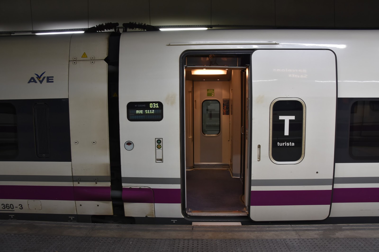 how to get from barcelona to madrid by train