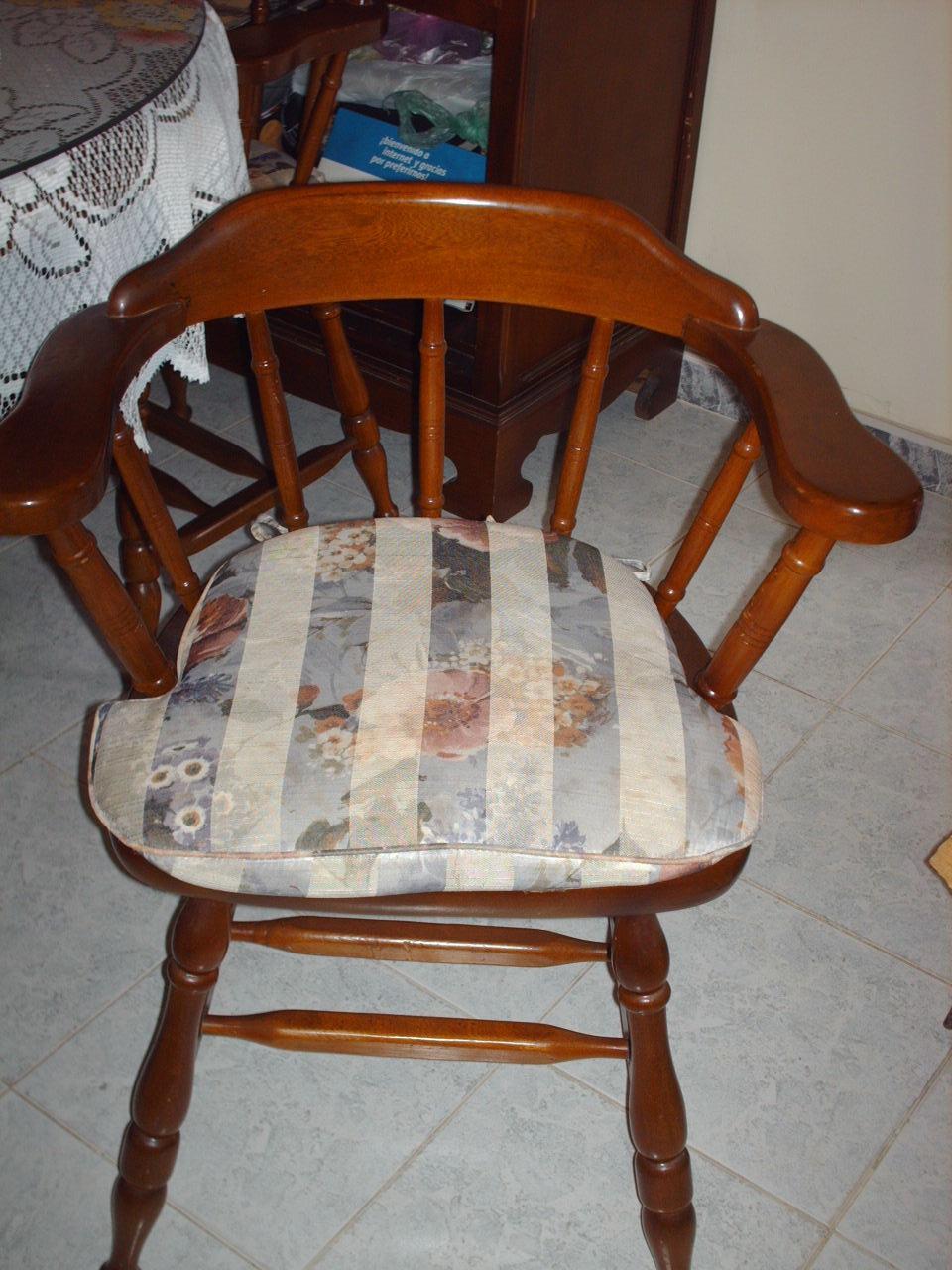 Novedades paola muestra de asientos o cojines para sillas for Lo ultimo en sillas de comedor