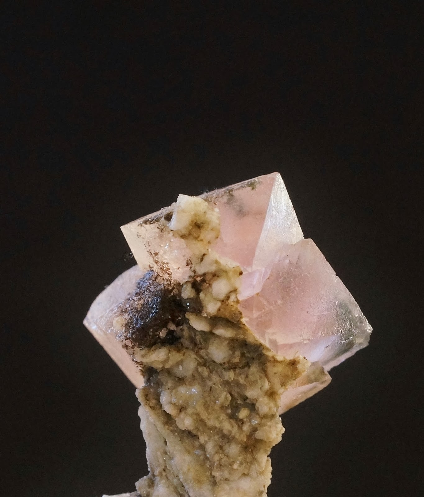 pink fluorite from Mont-Blanc
