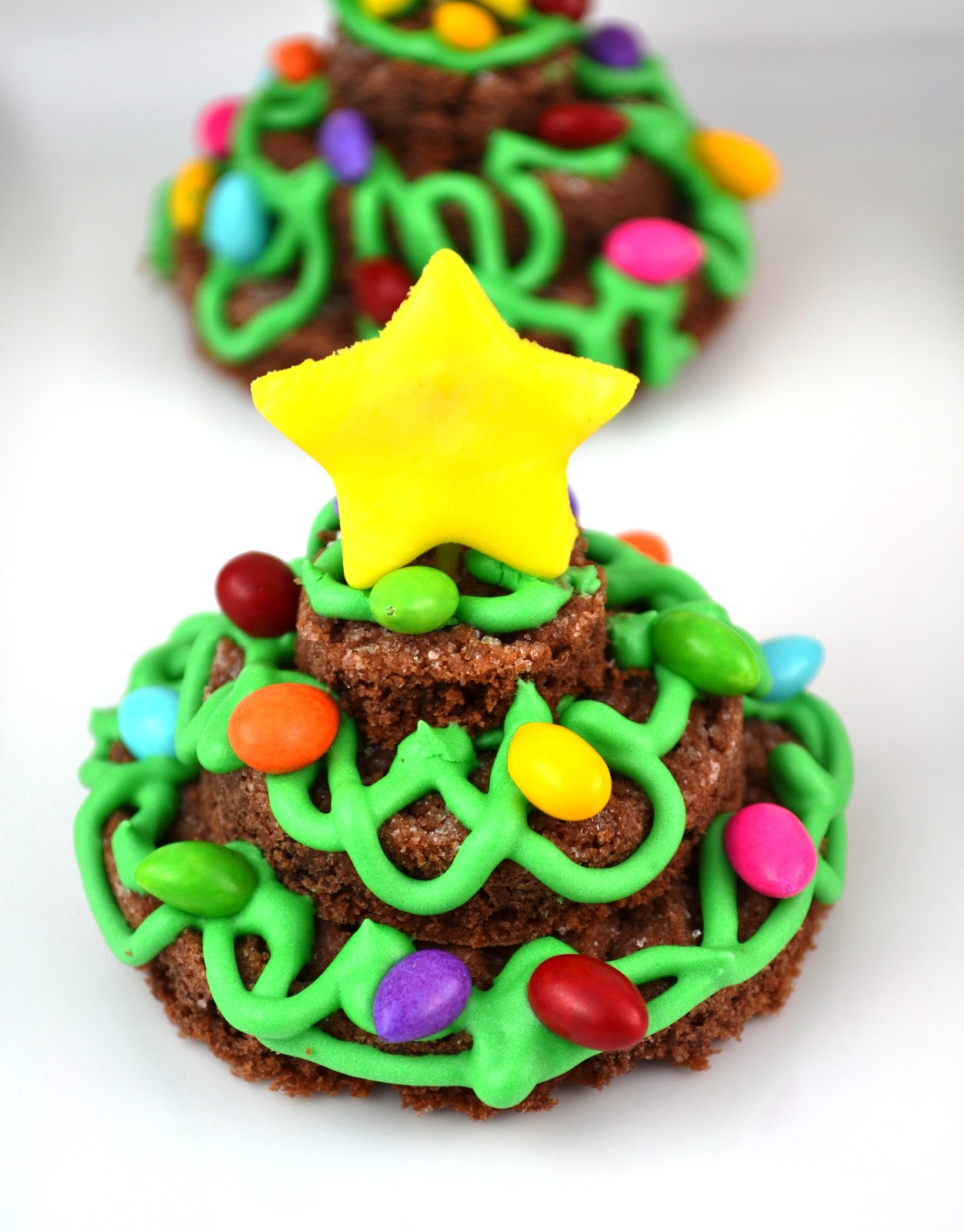 Sweetology Stacked Tangled Lights Christmas Tree Cookies