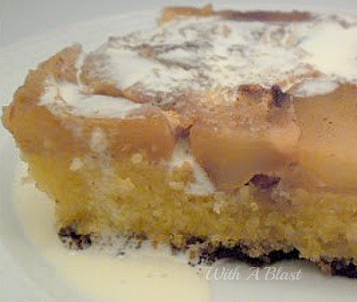 Cinnamon Apple Cake ~ Gooey, sweet Cinnamon Apple Cake #AppleRecipe #AppleCake