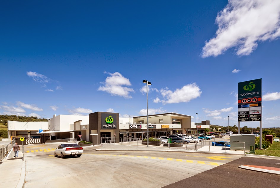 Brad read design group pty ltd drayton shopping centre for Outer space design group pty ltd