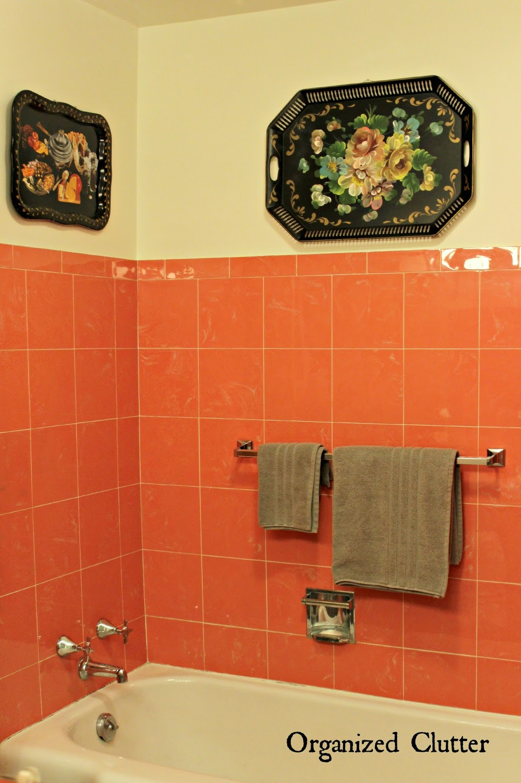 Tole Trays in a Vintage Bathroom www.organizedclutterqueen.blogspot.com