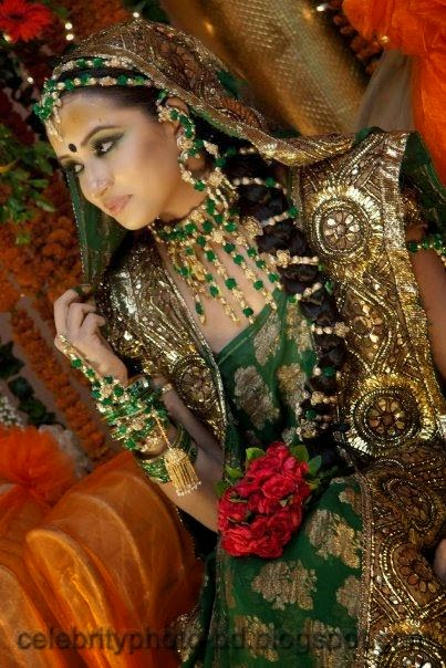 Latest+Photo+Tips+For+Looking+Hot+And+Beautiful+In+Gaye+Holud+Festival009