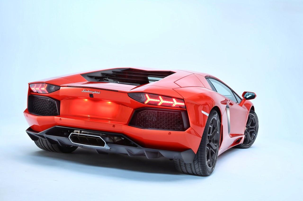 D K Lamborghini Aventador