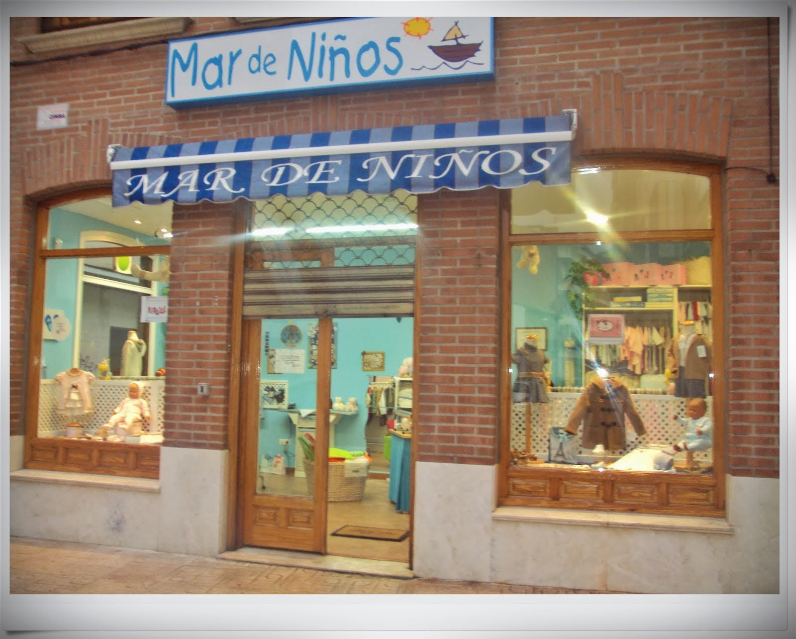 ASI ES NUESTRA TIENDA EN C/OROZCO Nº 3 DE TORRIJOS ( TOLEDO)