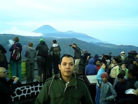 sunrise di gunung bromo