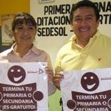 Silvia Aviles-Victor Cauich, diputada-secretario Alfabetizan en Municipio de Calkiní. 30abril2011.