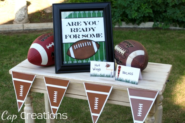 FREE! Printable Football Banner - perfect for your fireplace ...