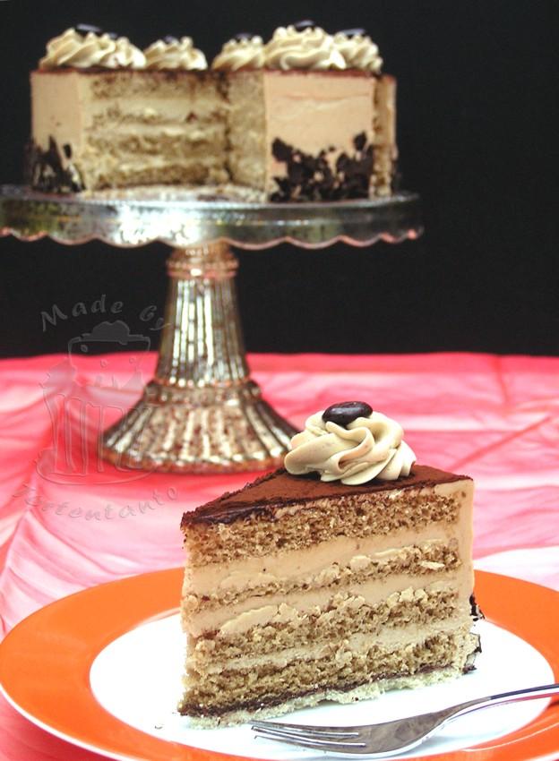 Mokka Buttercreme Torte im Anschnitt