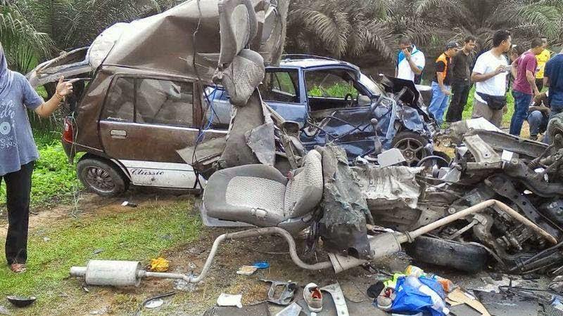 4 Gambar ngeri kemalangan di Kota Tinggi Johor