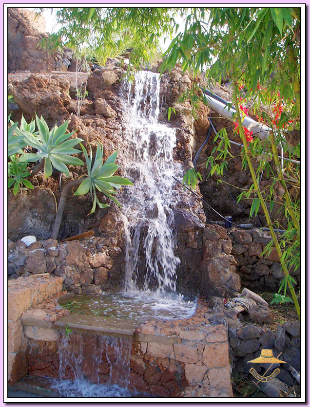 Jardiman cascadas y rocallas for Cascadas artificiales para jardin