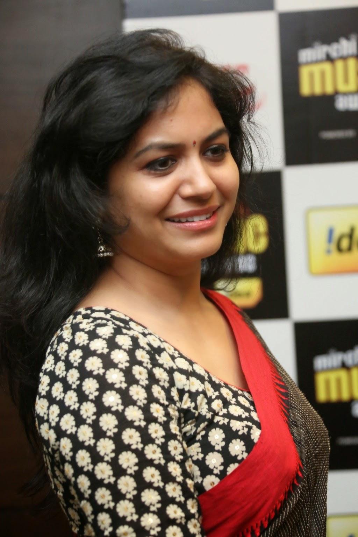 singer sunitha transparent saree navel stills cinema campus
