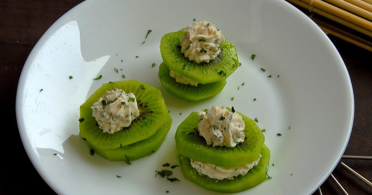 Priya 39 s versatile recipes cheesy kiwi canapes for How to make canape cases