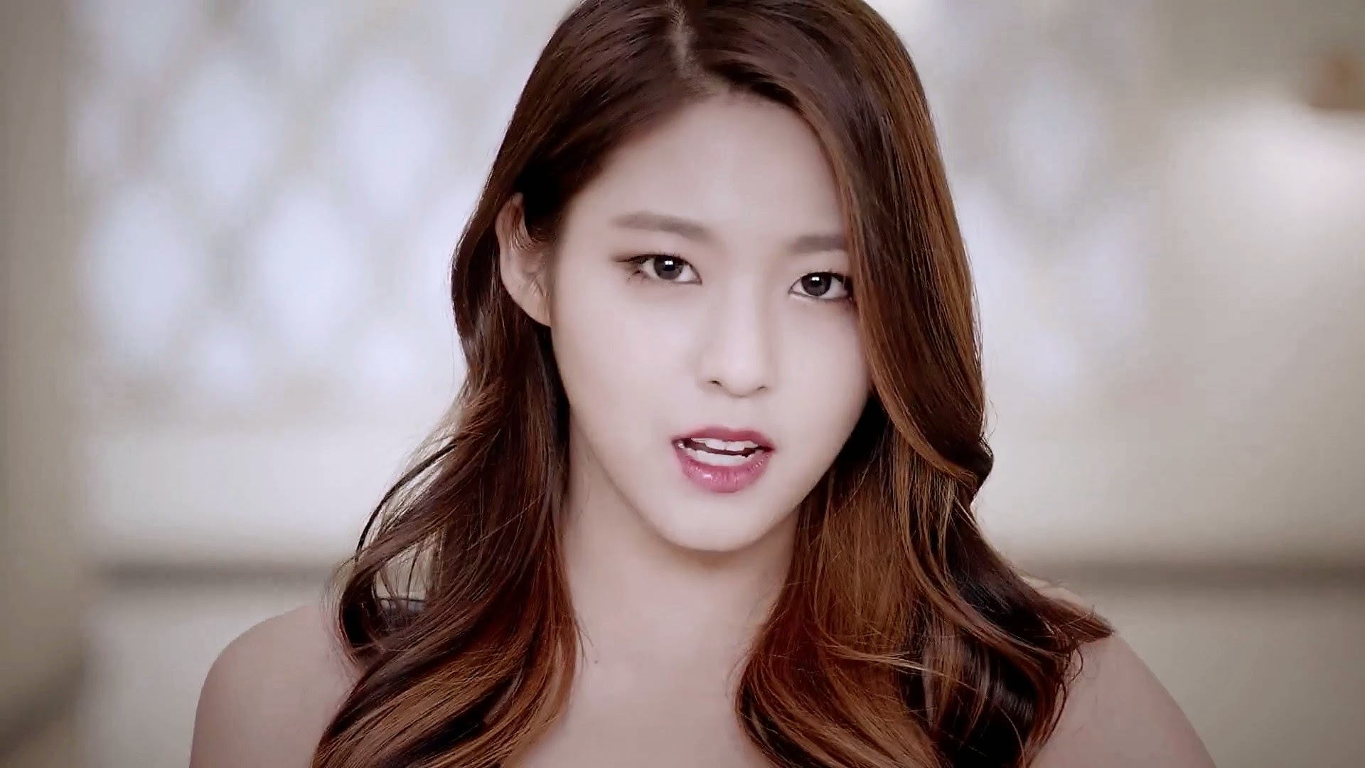 Seolhyun Like A Cat