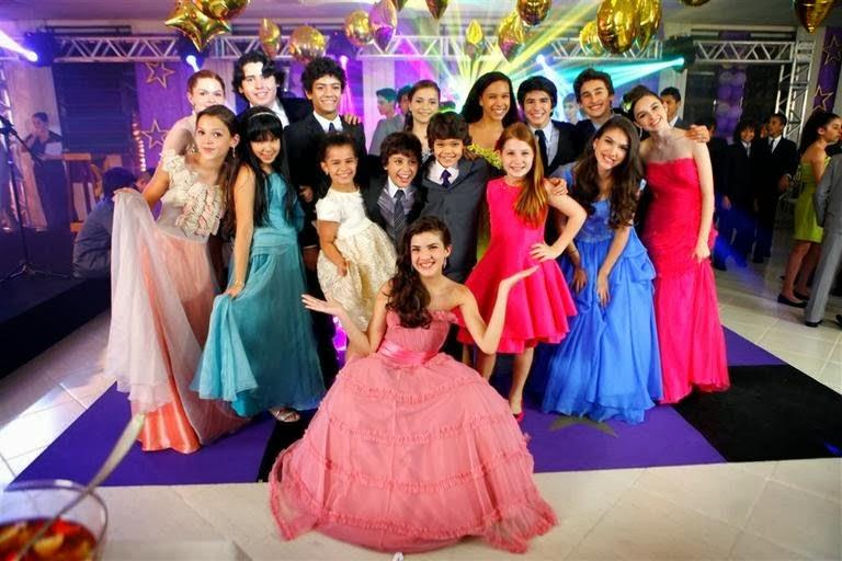 Novela Chiquititas 2014 SBT Vivi Mili Duda Cris Mosca Tati Binho Bia Ana Tiago Rafa e Pata no Baile da Escola
