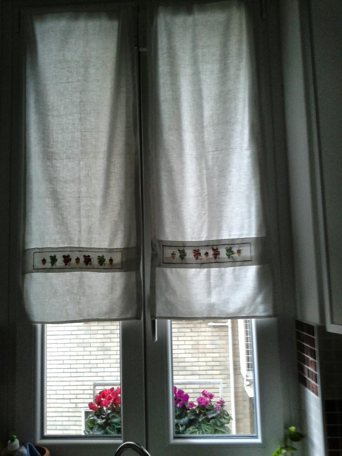 100 metri quadri di mondo tende autunnali - Tende cucina a vetro ...
