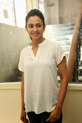 Rakul Preet photos at Rough event-thumbnail-7