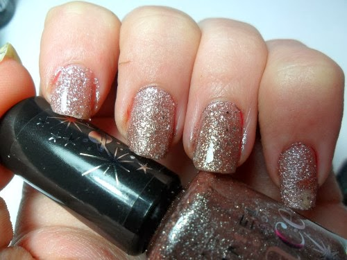 Rimmel Space Dust Aurora Swatch