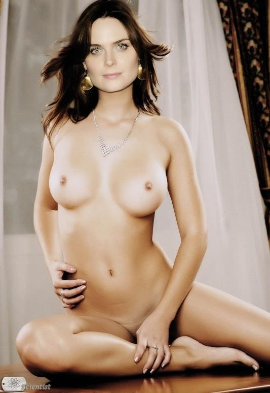Emily deschanel nackt - blindspotthemoviecom