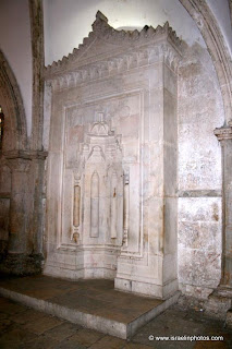 Israel Travel Guide - Christian Holy Places: The Cenacle and the tomb of David