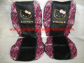 Sarung Jok Hello Kitty New Colour Red