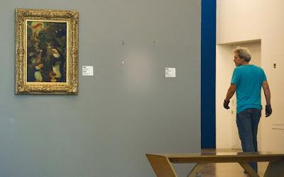 lukisan dicuri