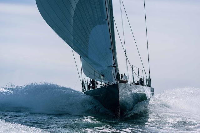 alquiler de goletas en Italia. Alquiler de veleros clásicos en Italia. Goletas de alquiler Italia