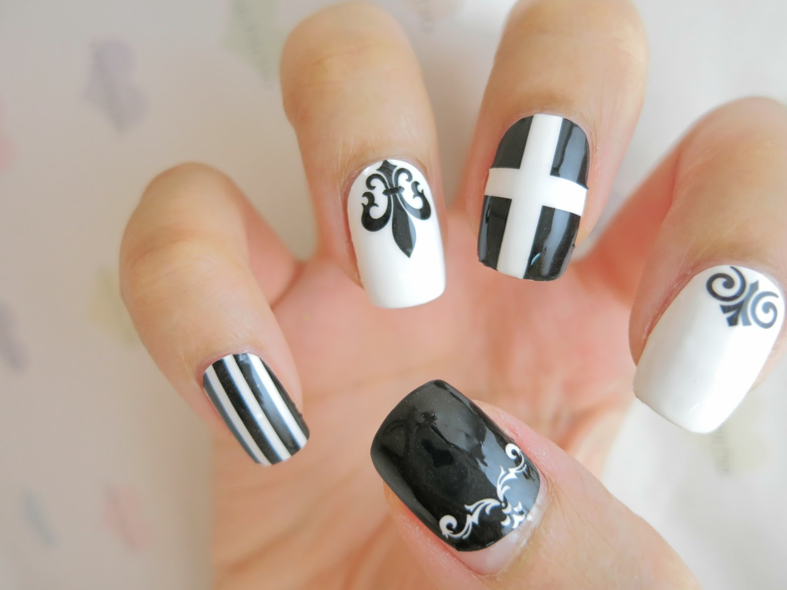 Black And White Gothic Nail Art Nail Wrap Ym1010 Chichicho