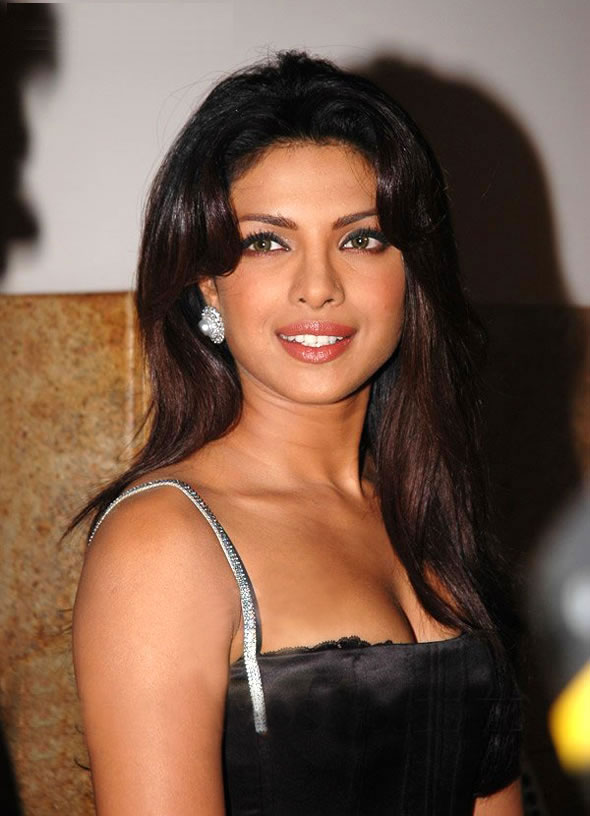 Real hd nude and sexy pics of priyanka chopra very