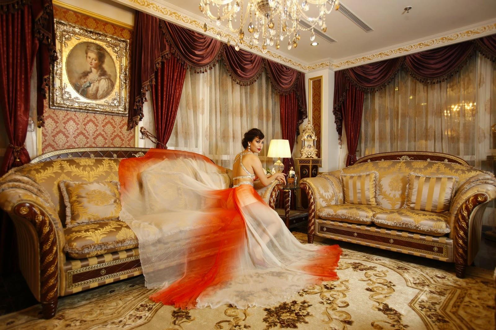 Thiết kế phòng khách theo phong cách Hoàng gia
